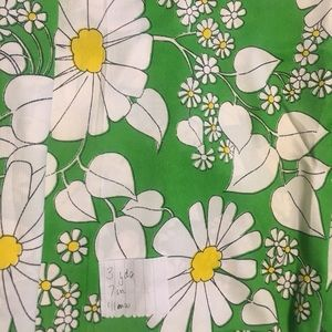 White flowers green polyester fabric 3yd vintage